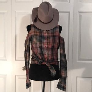Buffalo Cold Shoulder Plaid Top